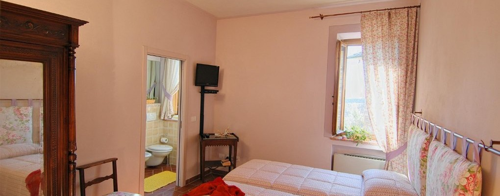 Meleto room - Bed & Breakfast Il Cavarchino