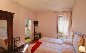 Camera Meleto - Bed & Breakfast Il Cavarchino