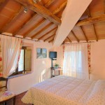 Camera Montegrossi - Bed & Breakfast Il Cavarchino
